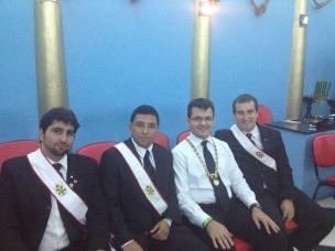 Neumann, Castro, eu e Olavo: senti-me pequeno ao lado desses Nobres Cavaleiros!