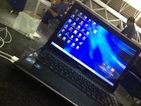 No aeroporto de Brasília, durante a conexão de 5h... O trabalho não pode parar!